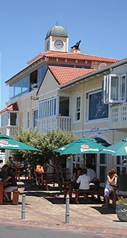 Hermanus Village Square restaurants, bars and cafes