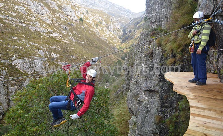 Gorge and Canyon Zip-Lining in the mountains near Hermanus